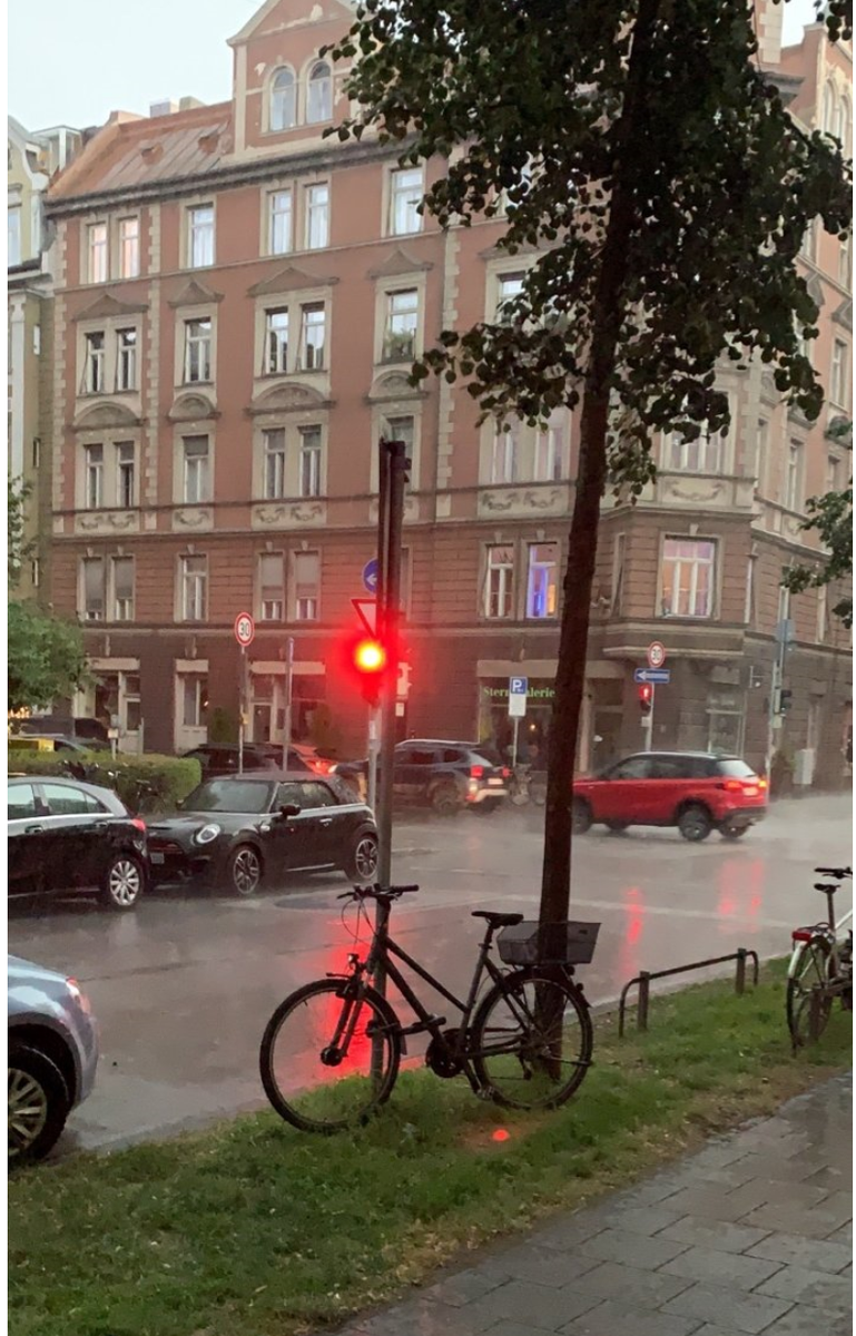 It's raining over Jan Marsalek's place in Munich now. How did Marsalek gained his wealth when you consider his @Wirecard pay? It is next to the Ukrainian and opposite the Russian Consulates. I hope #BaFin, checked for a safe but it's likely cleared out $WDI #Fraud #spying https://t.co/wM5QXzw8hr https://t.co/eEzvygZJtR
