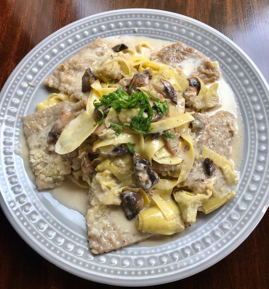 Tino's Weekend Specials Are In!!  flavorful Broccoli&Cheddar soup,  tasty Shrimp Gondola App,  amazingly delicious Veal Montebianco,  yummy Nutella Brownie Dessert.  Raymond Collection or Sierra Cantabria, Crianza  #TinosBistro #HoCoEats #HoCoMomsTalkAboutIt #HoCoDadspic.twitter.com/cYFAWzEgRP
