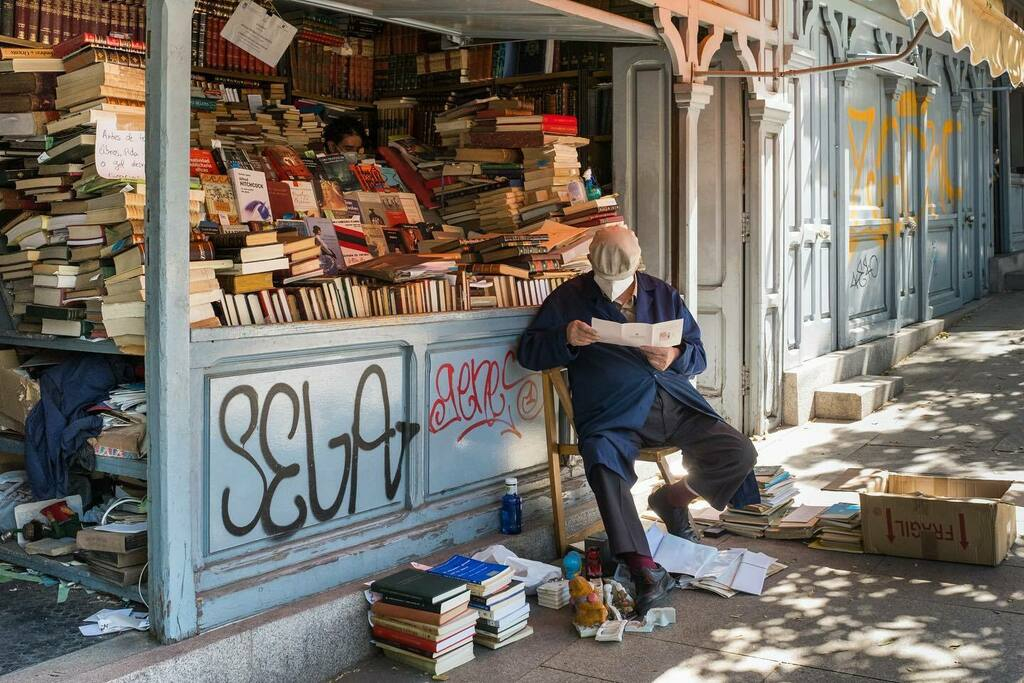 #madrid #books #cuestademoyano #streetlife #maslibrosmaslibres https://instagr.am/p/CCd9vguogFh/pic.twitter.com/jQOeZYLwxS