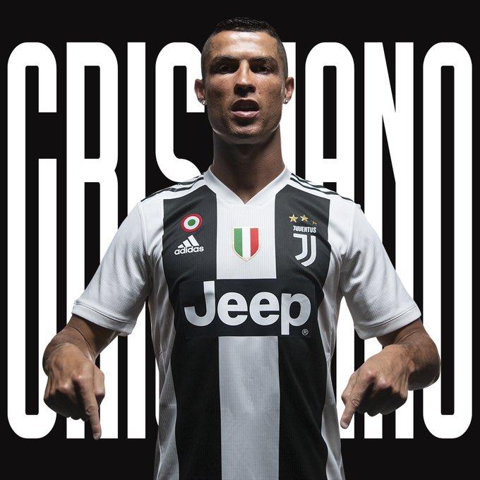 Il y a deux ans jour pour jour, Cristiano Ronaldo quittait le Real Madrid pour signer à la Juventus. ⚫️⚪️ https://t.co/YJPnB9Rrec
