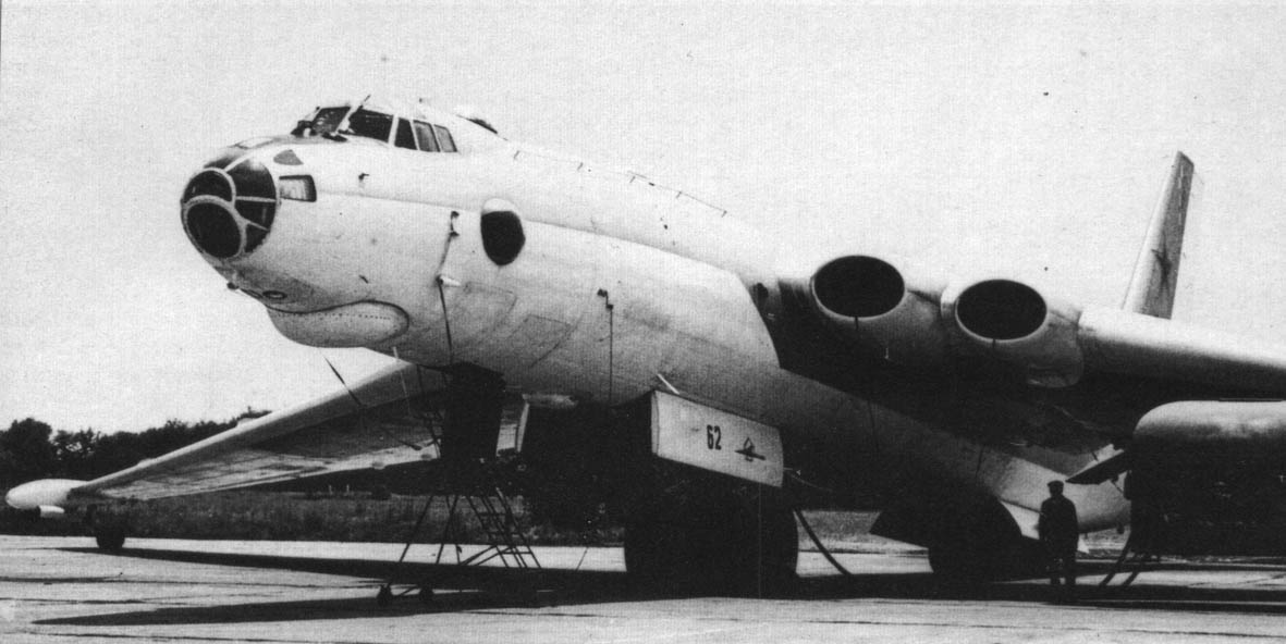 Heavy bomber Myasischev 3M - one of first nuclear bombs carrier of Soviet Air Force https://t.co/CwQC4b4Ci0