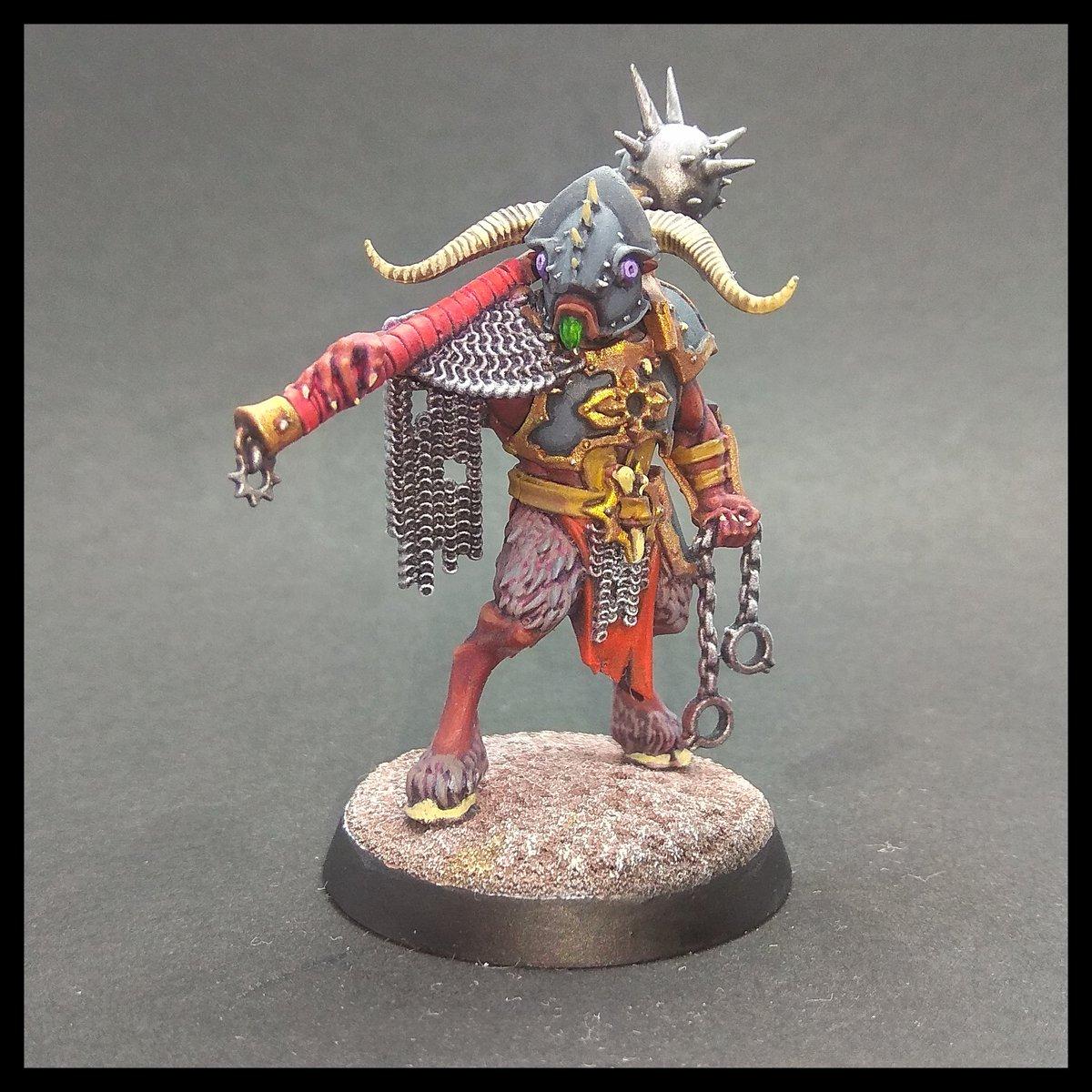 Octava miniatura de la banda de Spire Tyants, el Bestigor destructor.  Warcry: Bestigor Destroyer.  #paintingwarhammer #miniatures #ageofsigmar #warcry https://t.co/M3ZVJpuBeX