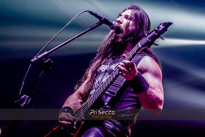 Justabeli: Em vídeo, baixista e vocalista War Pherys, apresenta seu instrumento signature elaborado exclusivamente ao músico  Inscreva-se No Blog👇🤘🎸   #Deathmetal #blackmetal #Justabeli #signatureline