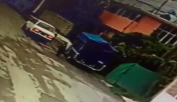 VIDEO: Roban camioneta en 20 segundos en Amozoc https://t.co/YrTSUrhozx https://t.co/ufNEmiVSjP