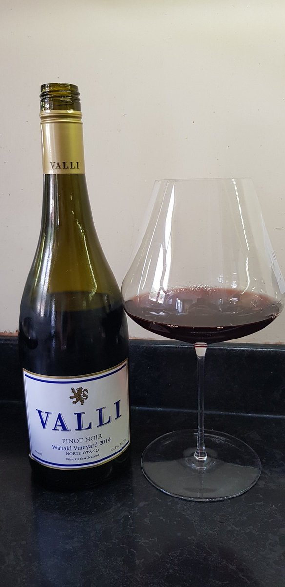 Epic NZ pinot with surf & turf tonight. Goodness me. Absolutely stunning.   Picked up from @TheVinorium after an awesome tasting attended with @BradleyHorne & @AustWineTasting.   This is an absolutely magnificent drop. Wow.  #wine #winelover #winelovers #drinkbetterwine <br>http://pic.twitter.com/8wZASlgjMB