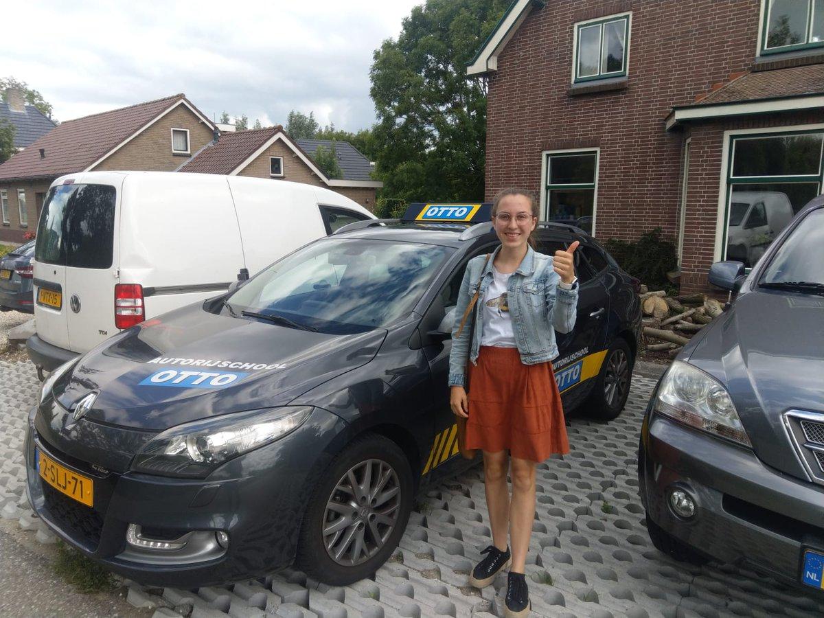"""test Twitter Media - Maria Luik heeft haar """"mobiliteitsprobleem"""" opgelost, met een keurige examen rit. Gefeliciteerd met het behalen van je rijbewijs. https://t.co/HpPDiFuD0H"""