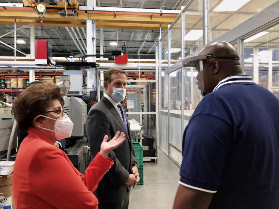 At @CoreTechMolding today with Geoff Foster, who used a #PaycheckProtection Program loan to bring his weekend team back on board after being furloughed for a month. Core Technology pivoted to producing surgical face shields in response to #COVID19. https://t.co/NVetMCc2Gk