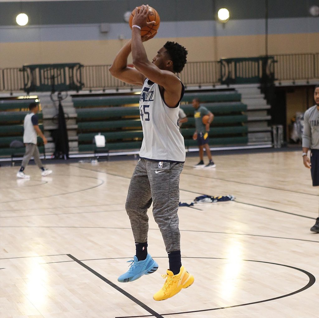 """🕷 @spidadmitchell practices in the """"Crayola"""" adidas DON Issue #2! #NBAKicks #WholeNewGame https://t.co/g8iQrNLcVd"""
