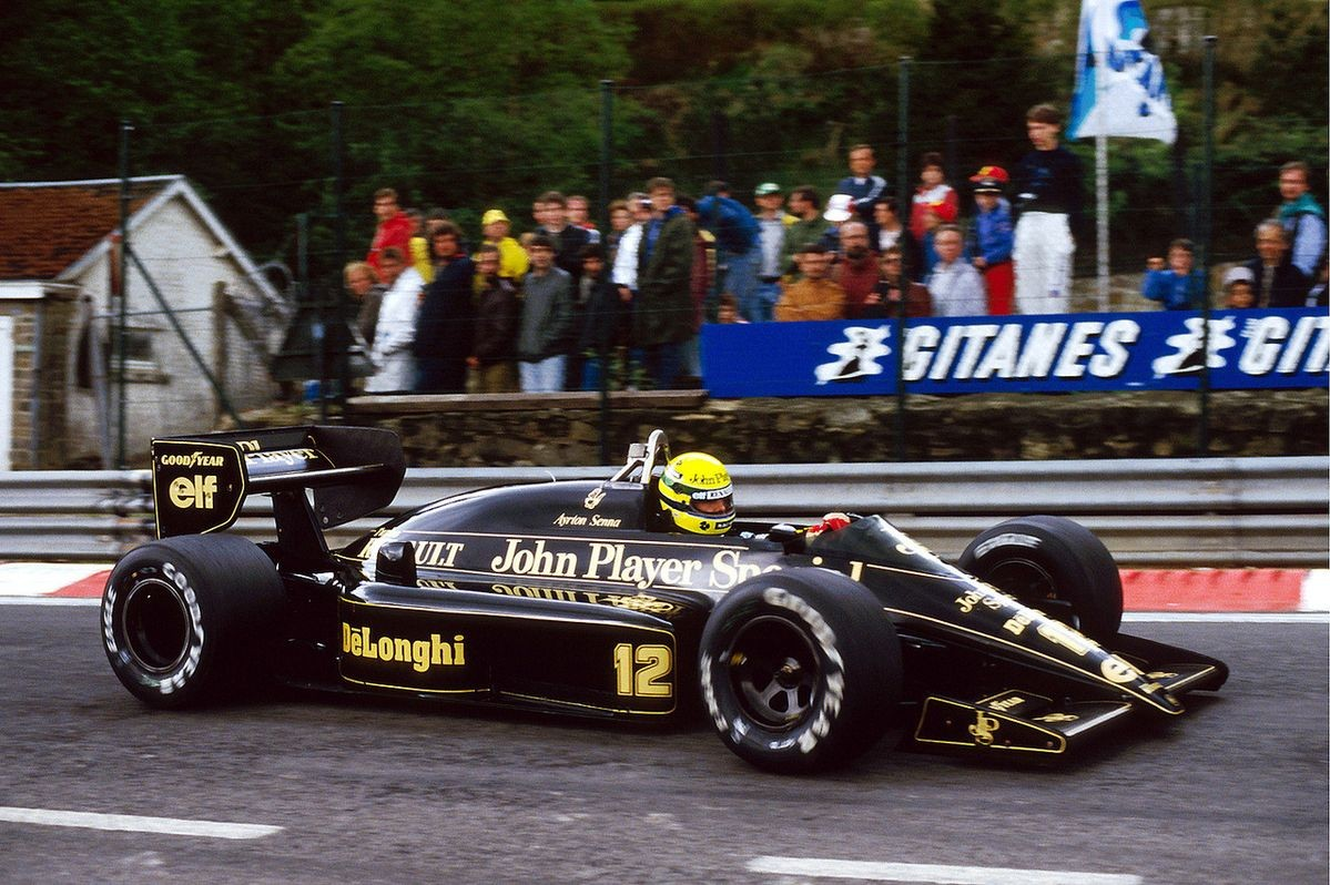 Driving for Lotus(85/86/87), Ayrton Senna managed to take the car beyond the limit of its capacity as no one has done it since the days of Jochen Rindt. https://t.co/RLATV7iGgm