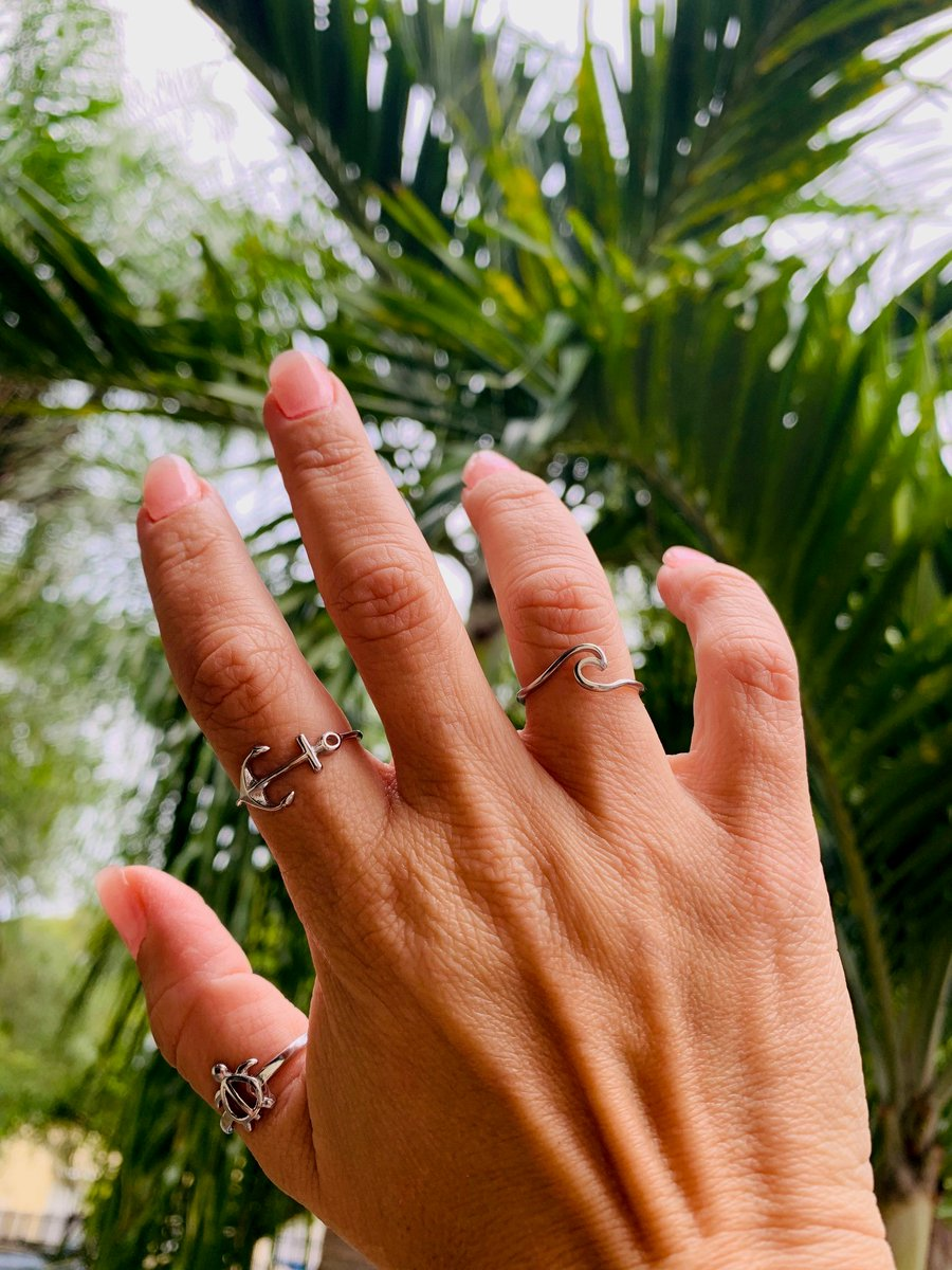 Sunday Funday Great rings for all the summer fun activities!  http://www.aabstyle.com #aabstyle #wholesale #stainlesssteel #jewelry #summervibes #funinthesun #rings #girls #women #waves #anchor #turtles #beach #fun #alwaysinstylepic.twitter.com/M7FPrz9pWA