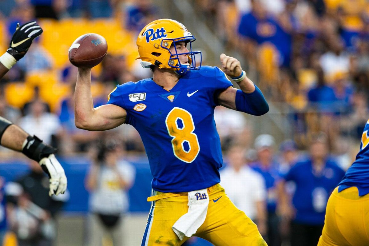 One sleeper QB that will gain traction after NFL scouts dig into tape is Pitt's Kenny Pickett. Tough & instinctive guy that plays the QB position well. @seniorbowl has been fan of Pickett since seeing him at Manning Camp last year. He'll play on Sundays. #TheDraftStartsInMOBILE https://t.co/UzeszcYgCd