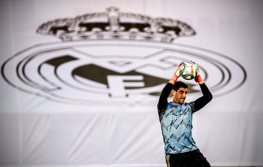 Thibaut Courtois is the first Real Madrid goalkeeper to keep 18 clean sheets in a La Liga season since 1988 🔒 https://t.co/0n80yEQRlr