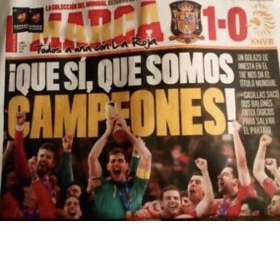 46 millones de españoles alzamos al cielo de Johannesburgo nuestra Copa del Mundo 🙌🏻🏆  Abrazos, lágrimas de alegría... ¡Inolvidable 11 de julio!  #10AñosConEstrella ⭐💪🇪🇸 https://t.co/KVz9prA078