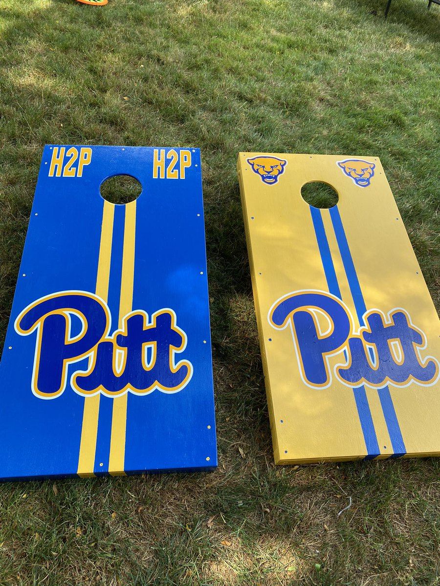 @Pitt_LykeAD and I vs. @jeffcapel and @CoachDuzzPittFB.  What do you think? #H2P https://t.co/A4TvTvx2sr