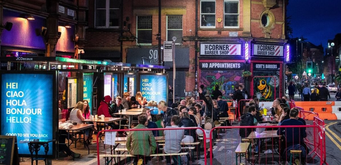 The photos I'm seeing this evening make the city look wonderful! NQ 📸 @MENnewsdesk, village 📸 @BarPopMCR 👏👏👏 @dusktilpawn @BarPopMCR @MCCCityCentre @GMPCityCentre @CityCo @manchester_kate @fraserswift @LucyMPowell @patkarney @canalstmancs @NoHoManchester