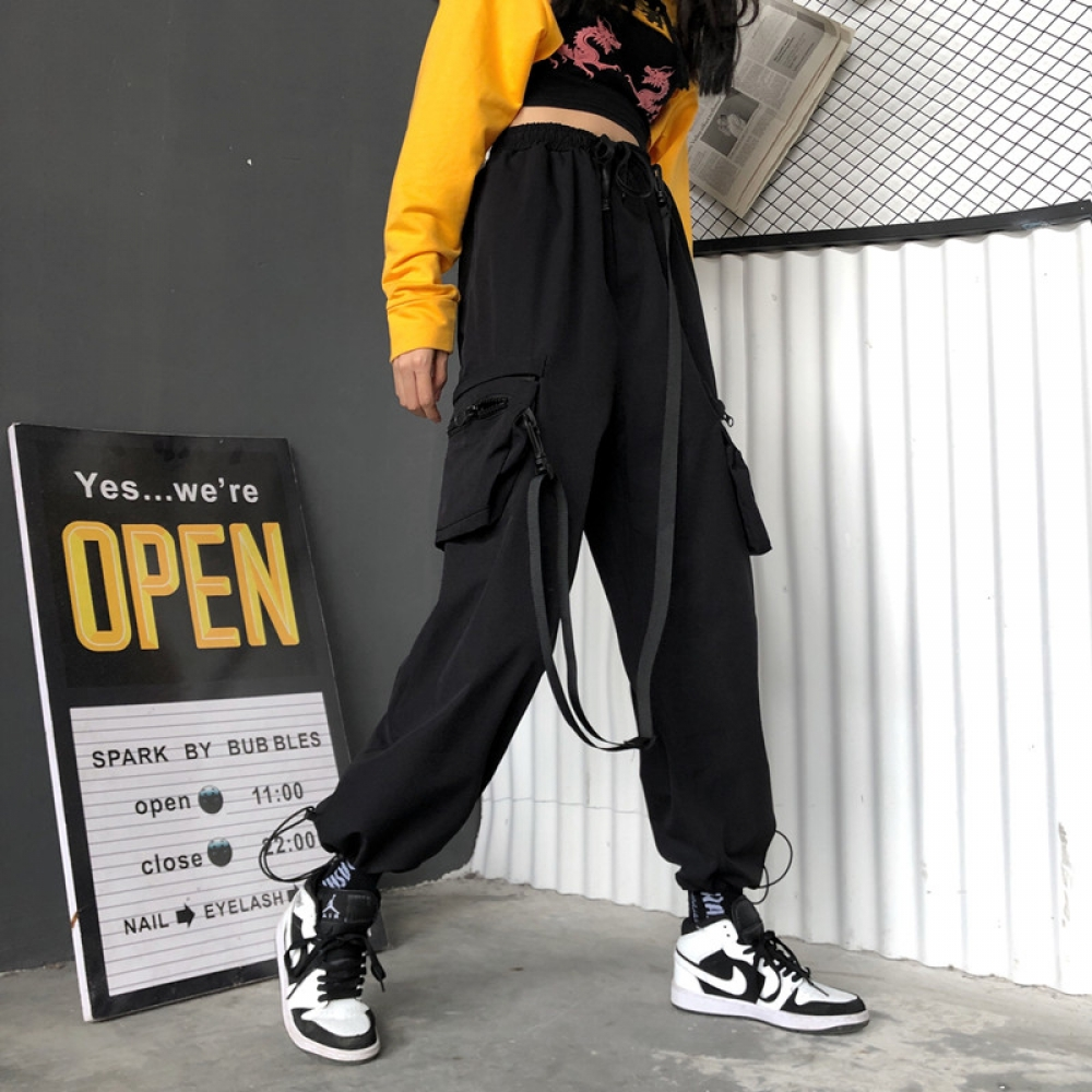 #food #tflers Black High Waist Loose Streetwear Cargo Pants https://cranberryvogue.com/streetwear-cargo-pants-women-casual-joggers-black-high-waist-loose-female-trousers-korean-style-ladies-pants-size-sweatpants/ …pic.twitter.com/tFC3QMdnjp