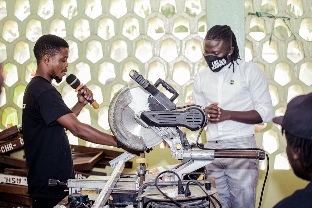 Stonebwoy provides free entrepreneurial skills to hundreds of youth in Ashaiman