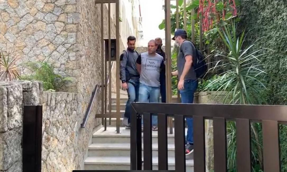 Dois suspeitos são presos acusados de fazer delivery de drogas na Zona Sul do Rio https://t.co/3HNe9z1Xbm https://t.co/vNDH6WU7t6