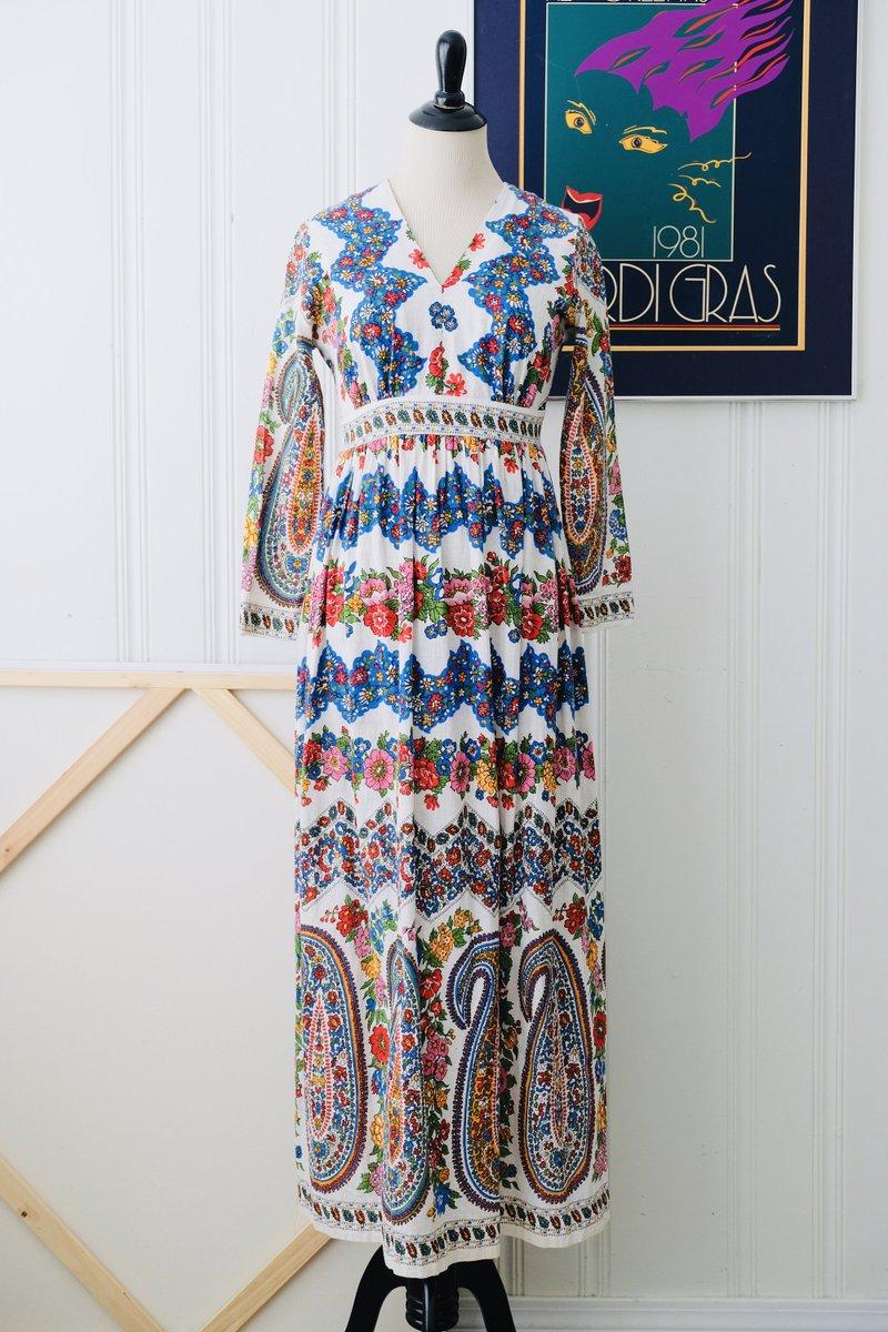 Now Listed ~ 70s Diana Dean by Julius Lonschien Paisley Print Raw Cotton Maxi Dress Size 4 ~ https://etsy.me/2Zg7apC #PsychedelicDress #60sDress #PaisleyPrintDress #70sDress #70sPaisley #PaisleyPrint #VintageDress #Vintage70sDresspic.twitter.com/deUhawhmPE