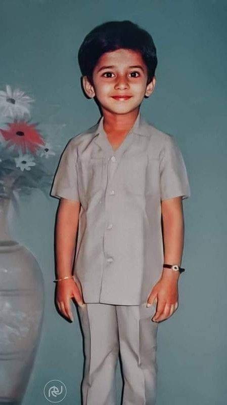 Childhood pic of #Prabhas  Please #Retweet 🔄🥺🔄🥺🔄🥺 #RadheShyam https://t.co/zO55yrBQwa