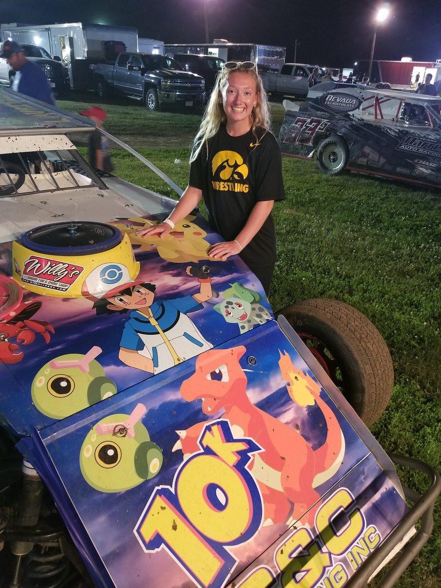 @LeeSpencerlee36 @eastman_kennedy KP watched her favorite driver in the Pokemon car while wearing her favorite team shirt!!! #go10k #GoHawks