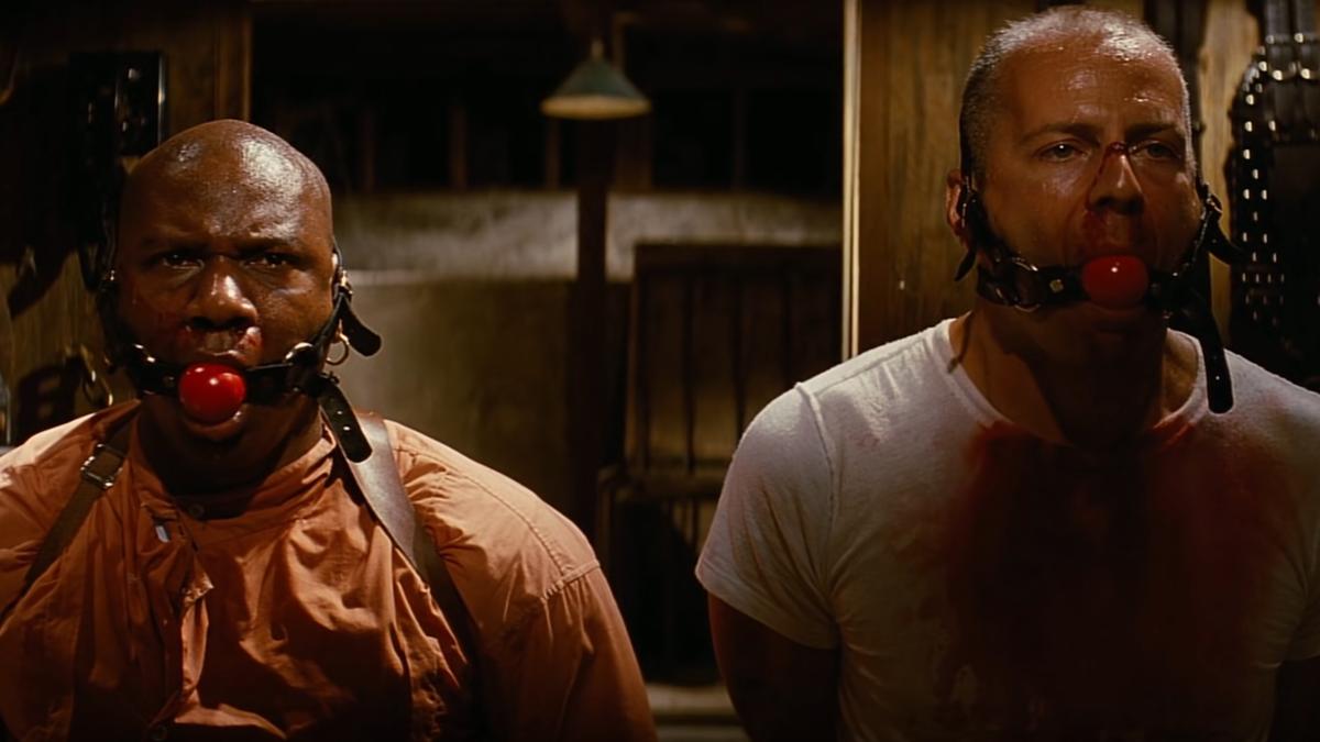 Quentin Tarantino's take on mouth masks. #facemask #facemasks #mouthmask #mask #Masks #QuentinTarantino #tarantino #pulpfiction #Quarantine #QuarantineLife #lockdown #movie #movies #movietwit #moviescene #film #films