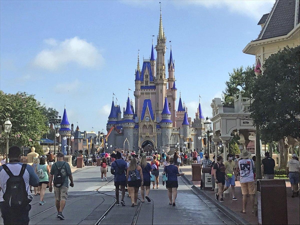 Disney World to reopen as coronavirus cases surge in Florida https://t.co/49oJJAT8Az https://t.co/2kQ4I5bRDR