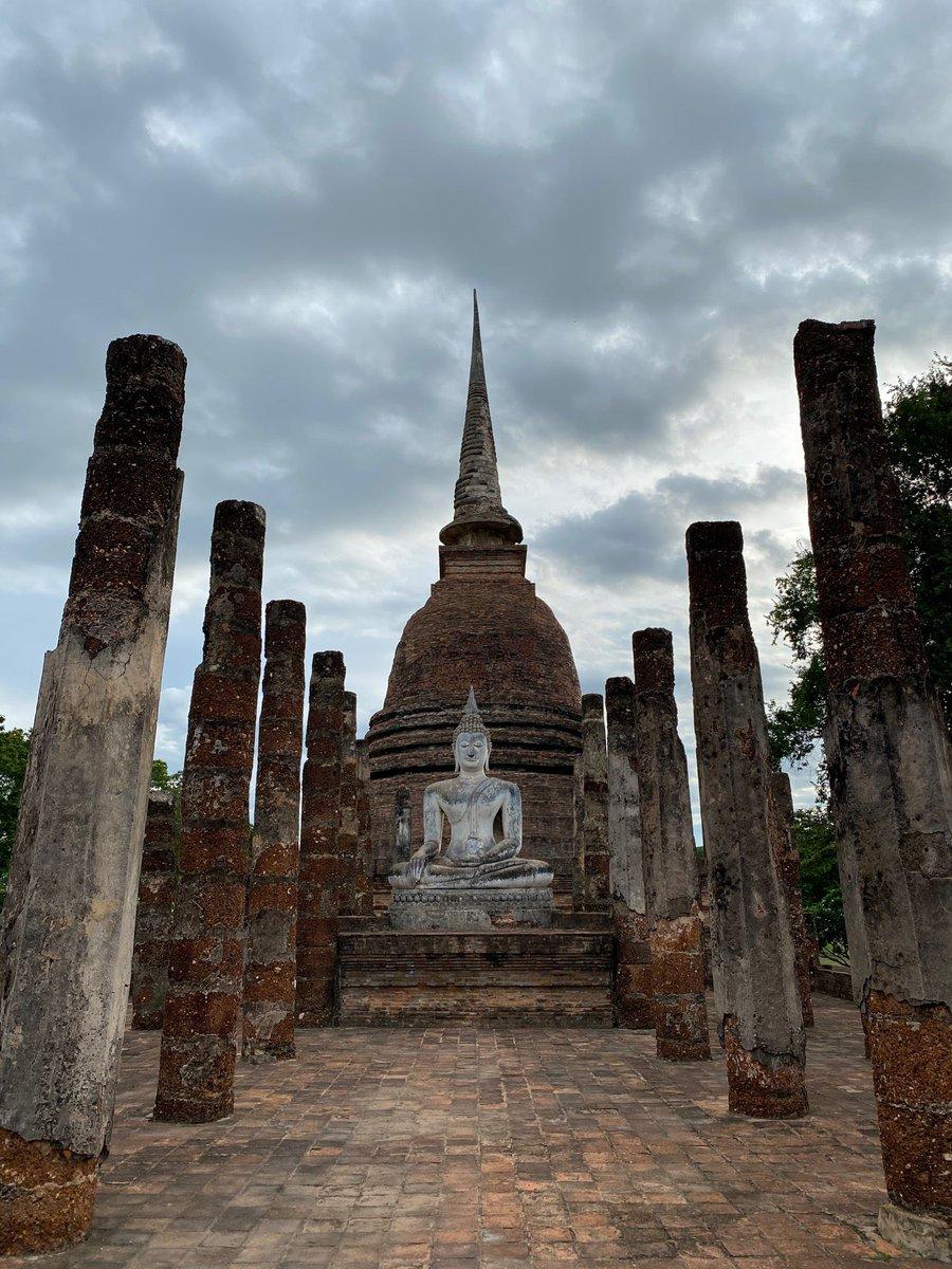 I'm at วัดสระศรี in Mueang Kao, Sukhothai https://www.swarmapp.com/c/9lIyLyGuq33pic.twitter.com/k50SJwYn5i