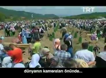 """""""Bizi toprağa gömdüler fakat tohum olduğumuzu bilmiyorlardı."""" Aliya İzzetbegoviç Üzerinden 25 yıl geçse de #Srebrenitsa Soykırımı'nı unutmadık, unutmayacağız... https://t.co/te7FlcaNmk"""