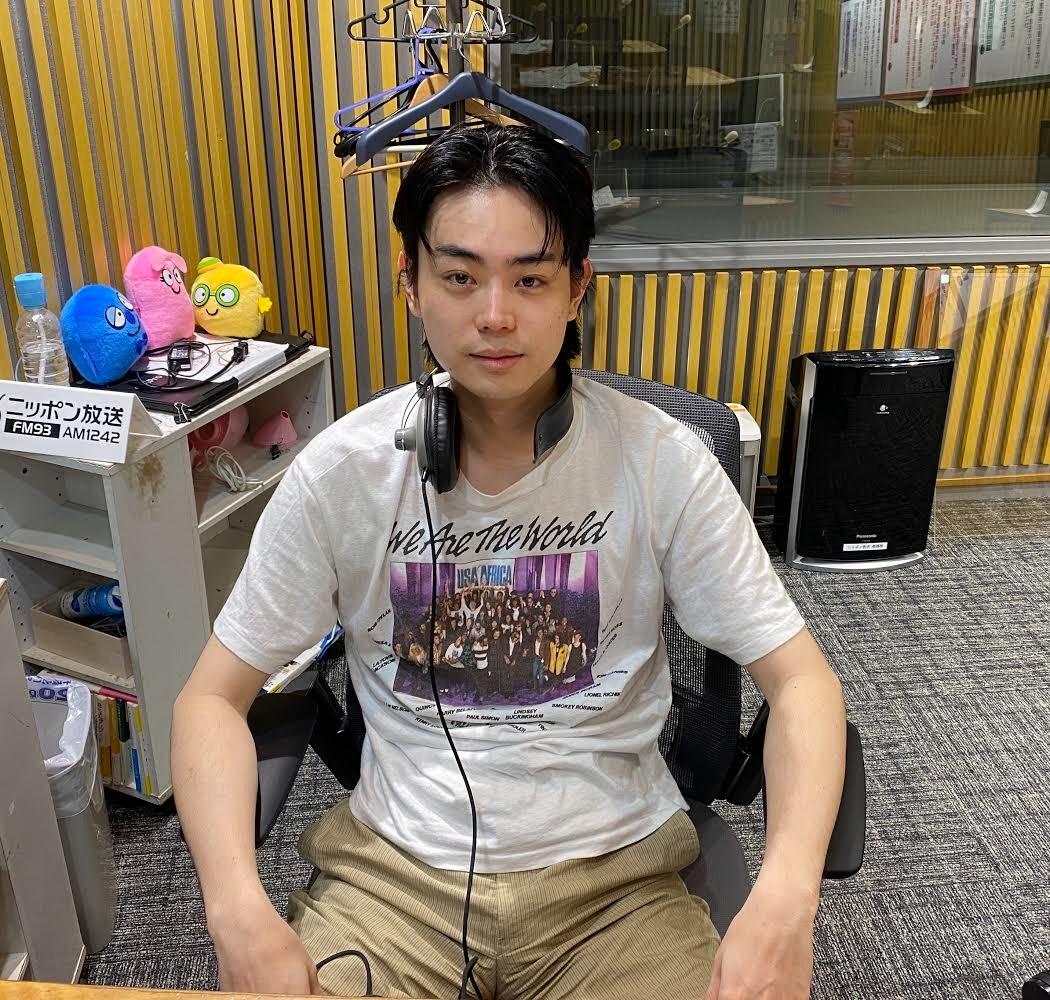 今週の #菅田将暉ANN はradikoタイムフリーでまだまだ聴けます!🌭昨晩、大変話題になった男性とは思えない、稚拙なホットドッグビジネスの2時間です。🌭【radikoタイムフリー】