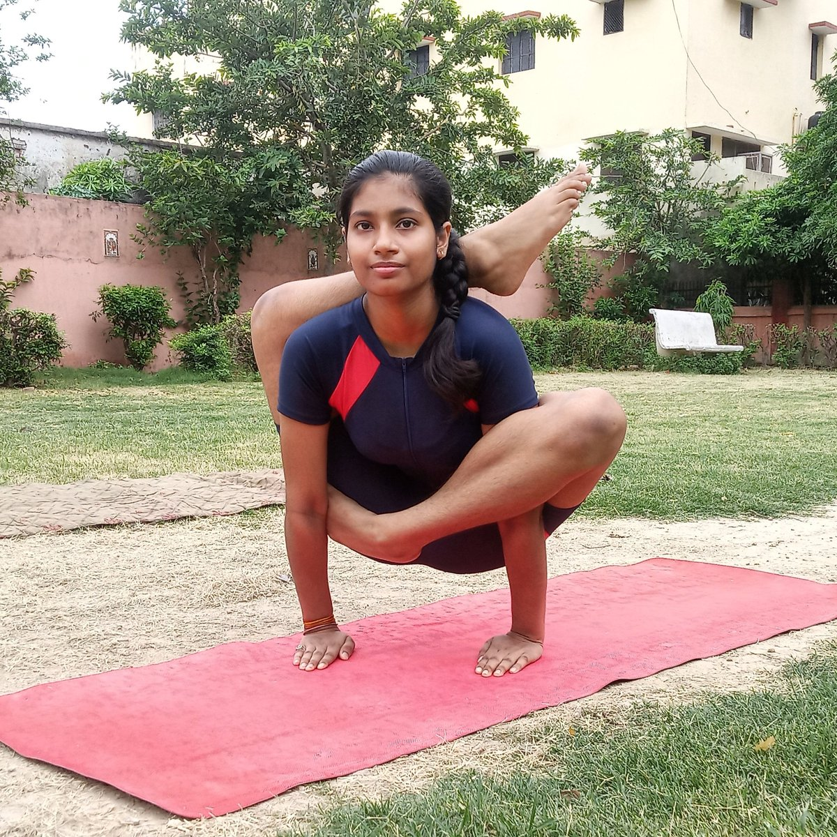 """""""Yoga is not a religion. It is a science, science of well-being, science of youthfulness, science of integrating body, mind, and soul.""""  #Yogic_Practises #Yogi #yoga #yogaforall #yogagirl #yogalife #yogaduringlockdown #yogiclifestyle #yogicsciencepic.twitter.com/n4DS8QEZd3"""