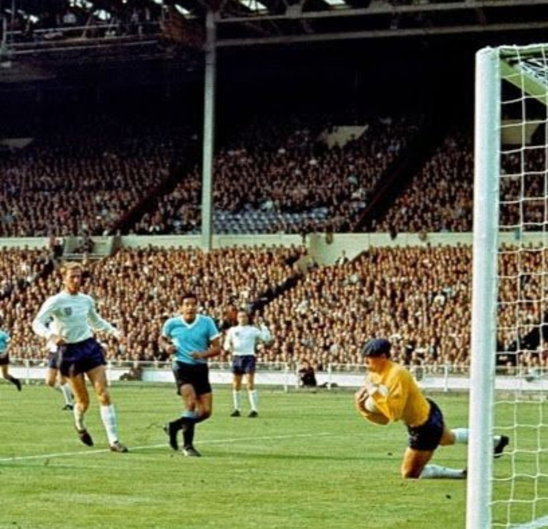 Football On This Day – 11th July 1966 England  started their 1966 World Cup campaign with a disappointing  0-0  draw with Uruguay at Wembley.  #WorldCup66 #WorldCup1966pic.twitter.com/Gt3oS47EFm