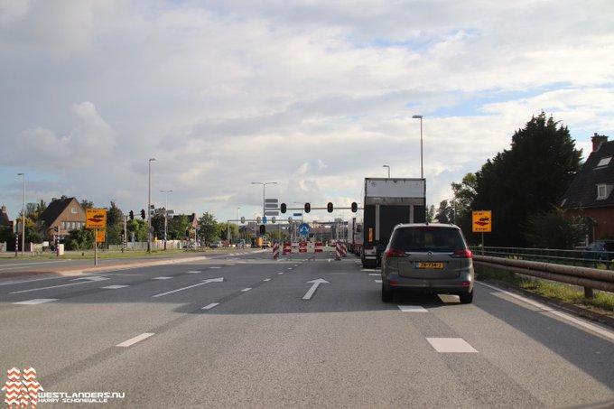 Voor wie het vergeten was. Weekendafsluiting N213 van Middel Broekweg tot Bosweg https://t.co/hBPb55OZnj https://t.co/UnxZoFOpVg