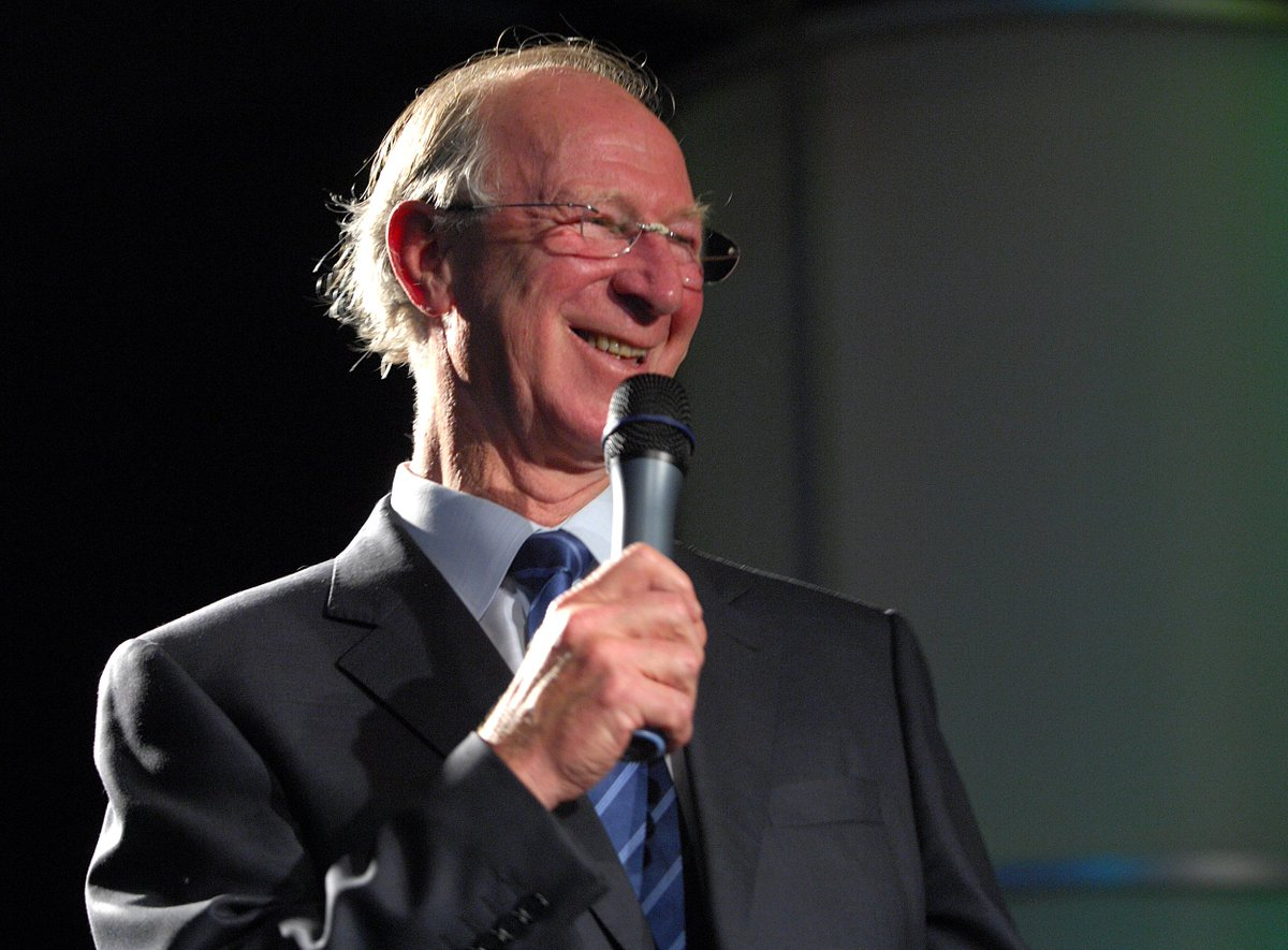 RIP England's #soccer legend #JackCharlton, who won the 1966 #WorldCup has died at the age of 85. https://t.co/MqcEAZUdDJ