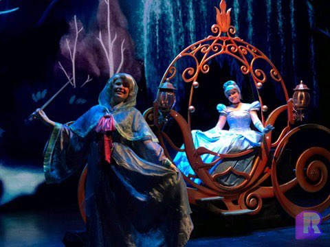 Disneyland Paris ouvert pendant la COVID-19 (juillet-octobre 2020)  - Page 2 EcopsAWXYAAm4o-?format=jpg&name=small