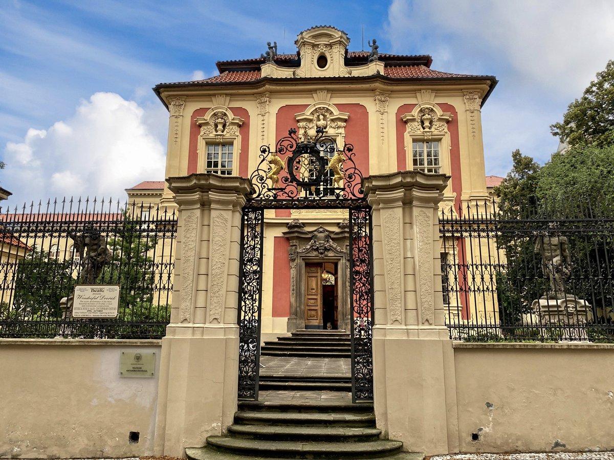 #Prague #travelgram #travel #traveling #travelling #travelgram #travelphotography #travel_with_photos @ThePhotoHour @PragueEU @praguetoday @PragueMorning
