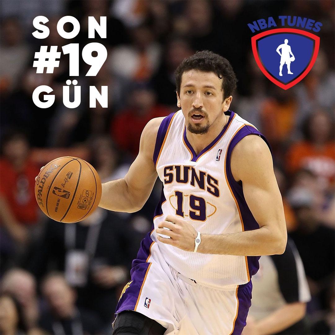 Geri sayım heyecanı devam ediyor. Orlando'dan yeniden başlayacak 22 takımlı nba sezonuna son 19 gün kaldı.! #Hidayet #Türkoğlu #Hedo #Phoenix #Suns #NBA #NBATwitter #NBANews #WholeNewGame #NBABubble #NBATogether https://t.co/Y2qvLyuml8