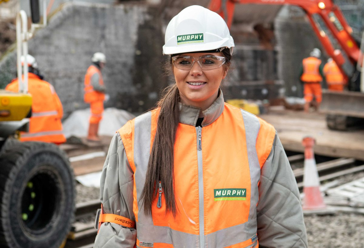 Contractors J Murphy & Sons and Willmott Dixon have joined organisations across the UK introducing free period products into the workplace for employees as part of the Hey Girls Period Dignity movement.  https://www.theconstructionindex.co.uk/news/view/construction-contractors-join-period-dignity-movement …  #construction #news #womeninconstruction pic.twitter.com/ycHPyjNtfm