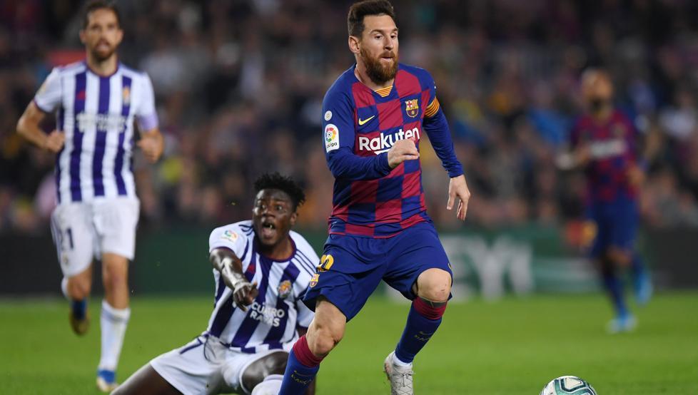 A las 19:30 horas partido de fútbol 1ª División en el #EstadioJoséZorrilla entre el  @realvalladolid Vs @FCBarcelona_es  ¡Aúpa #Pucela!#RealValladolidEs cuestión de tiempo... pero ¡¡Seguiremos siendo de Primera!!