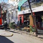Image for the Tweet beginning: Incendio en #restaurant de #palermo.