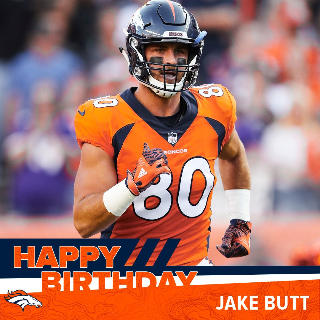 RT to help us wish Jake Butt & Derrek Tuszka a happy birthday! https://t.co/VsV33pCshT
