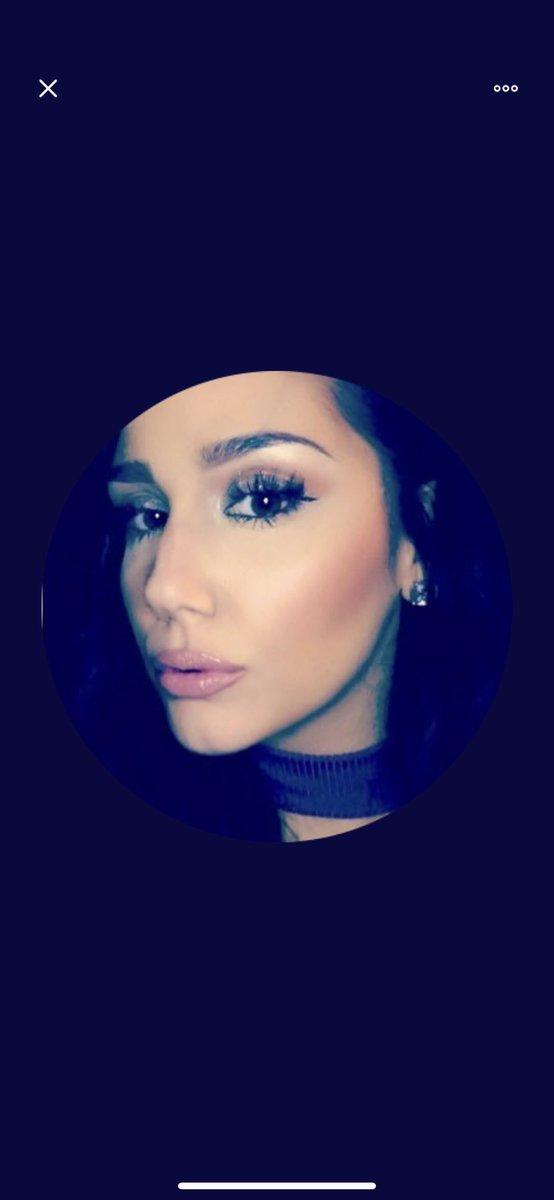 arianna grande wanna be lookin asspic.twitter.com/7irj8DGbod