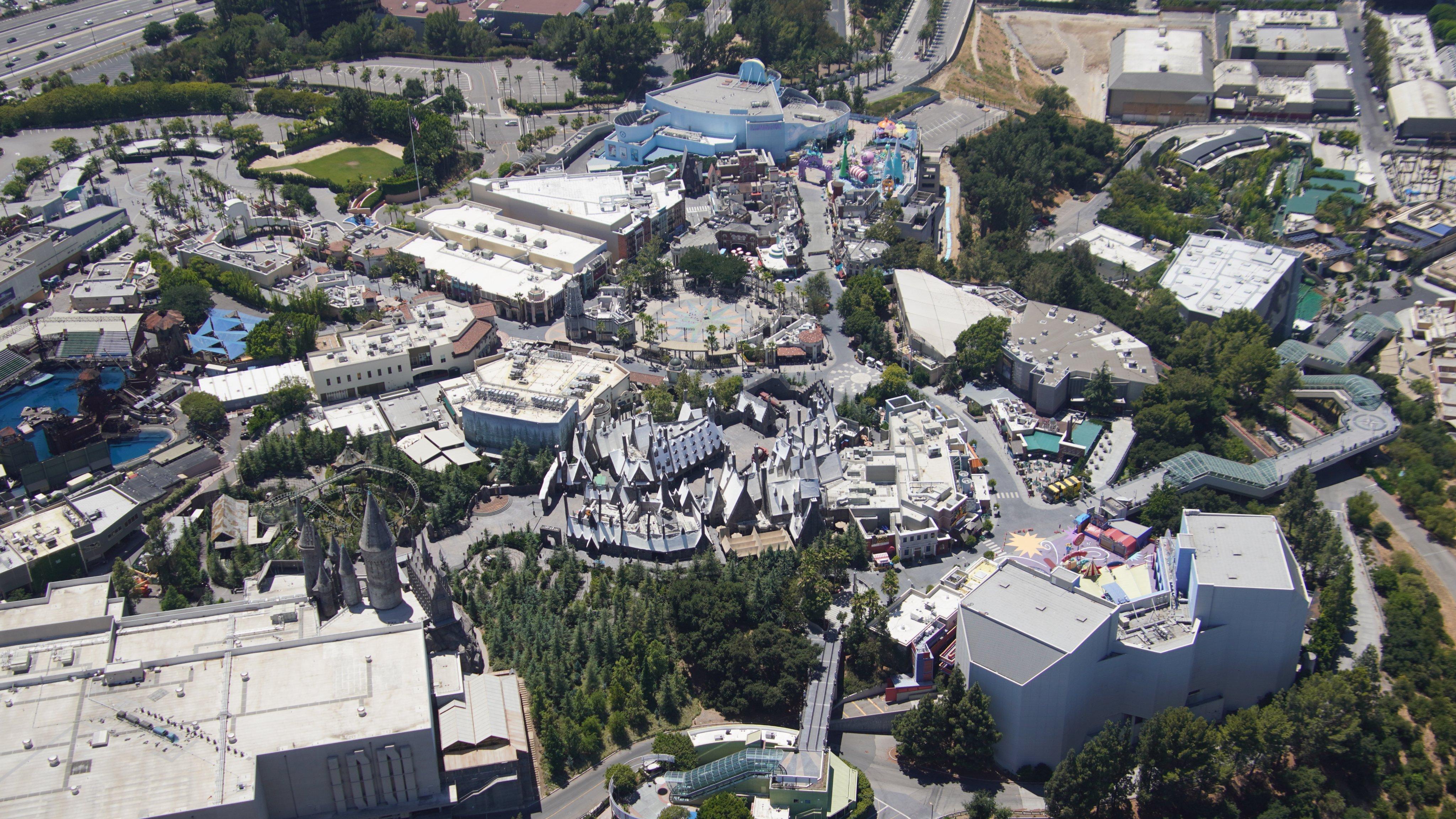 Universal Studios Hollywood [USA - 1964] - Page 21 EcpLAJ0XYAAViZM?format=jpg&name=4096x4096