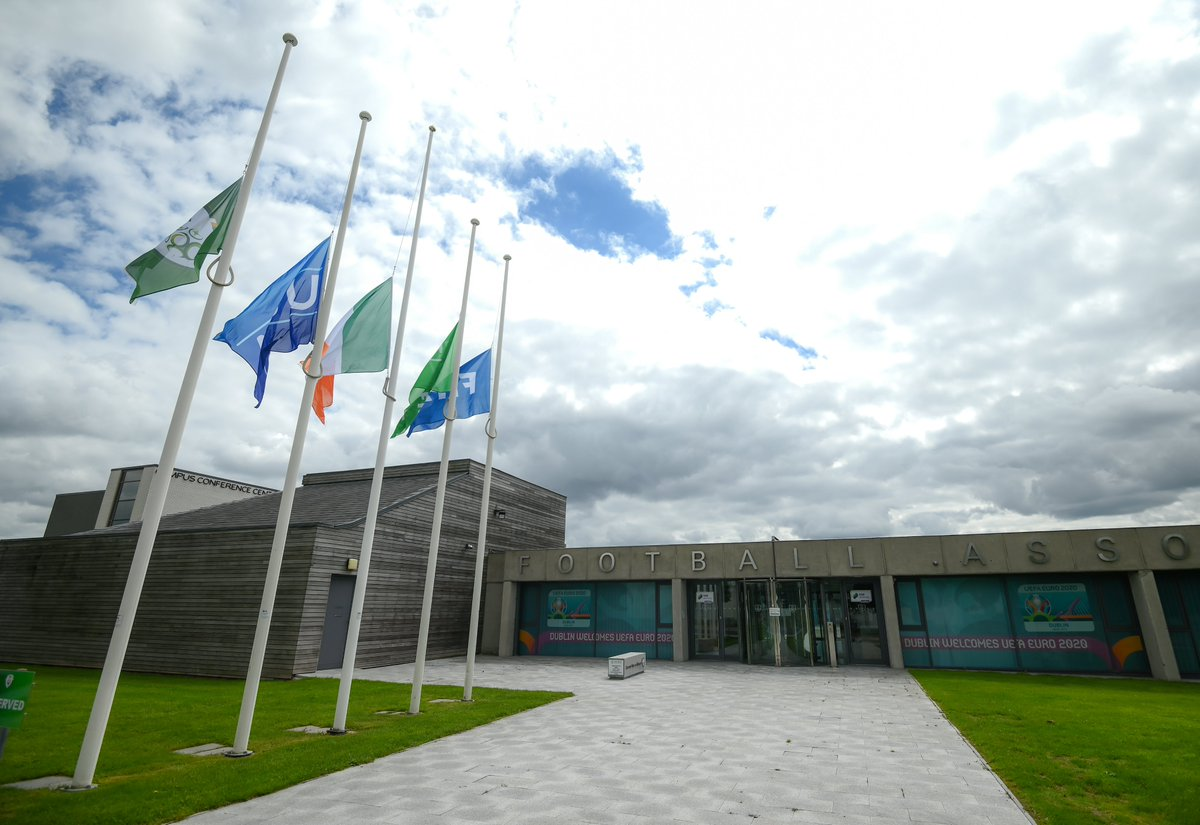 Flags fly at half mast today at FAI HQ as a tribute to Jack Charlton  #RIP   #COYBIG https://t.co/IXCWkMKxV0