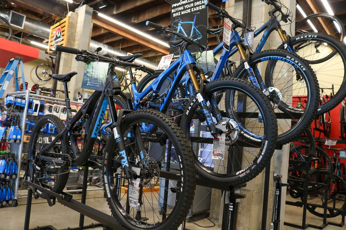 Find shade in the trails with a new @pivotcycles mountain bike.  Our staff are all avid mountain bikers and are ready to set you up and send you out to Cameron Park.  #BicycleWorld #BWRides #LetsRide #Trails #MountainBike #Pivot #YourNextBike #Wacotown #CameronParkpic.twitter.com/UmXiTZFABc