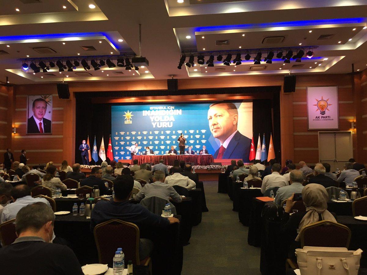 İbb Meclis üyelerimizle birlikte Ak Parti İstanbul Büyükşehir Meclis Grup Toplantısını gerçekleştiriyoruz https://t.co/3RBlrLCV0N
