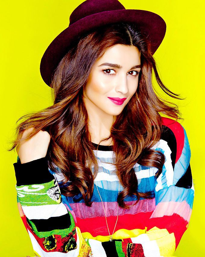 If you love me more than me, I will be happy if I ever meet with you in my story.#bollywoodactress #AliaBhatt #popular #instagood #iphonesia #photooftheday #instamood #picoftheday #bestoftheday #instadaily #igdaily #instagramhub #instacool #me #photo #twelveskip #picture #yummy