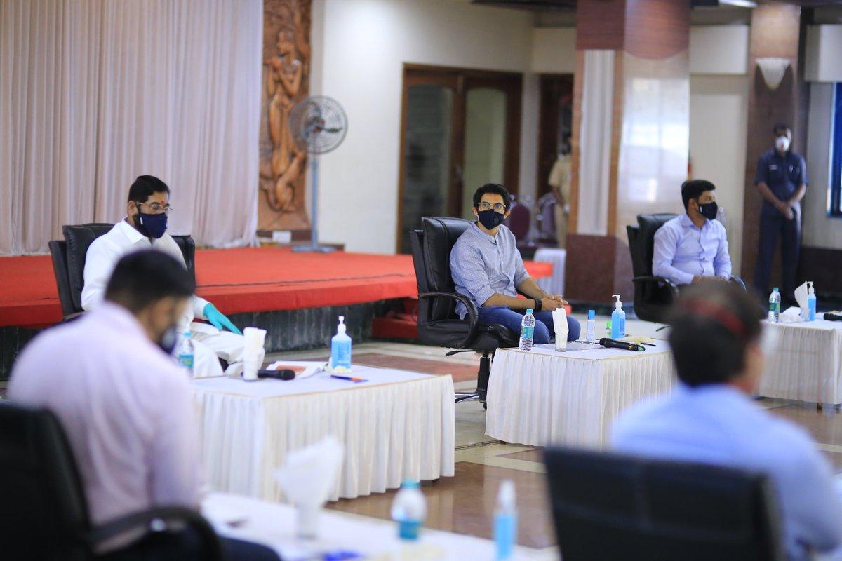 Today I was in Kalyan to interact on Covid Response with Municipal Commissioners of Kalyan- Dombivali, Navi Mumbai, Mira Bhayandar, Bhiwandi and officials of Ambernath Nagar Parishad. (1/n) https://t.co/rV7ZOMYw0U