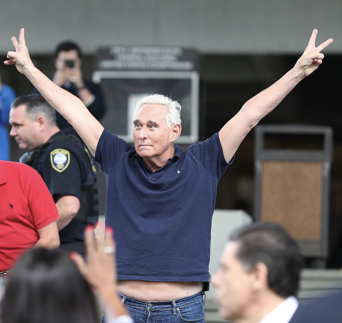 Roger Stone. Found guilty by a jury on 7 federal criminal counts. No jail time.  Kalief Browder. Accused of stealing a backpack. Couldn't post bail. Spent 3 years at Riker's awaiting trial. Ultimately committed suicide after released.  We have two justice systems in our country. https://t.co/AjIYgAgNOm