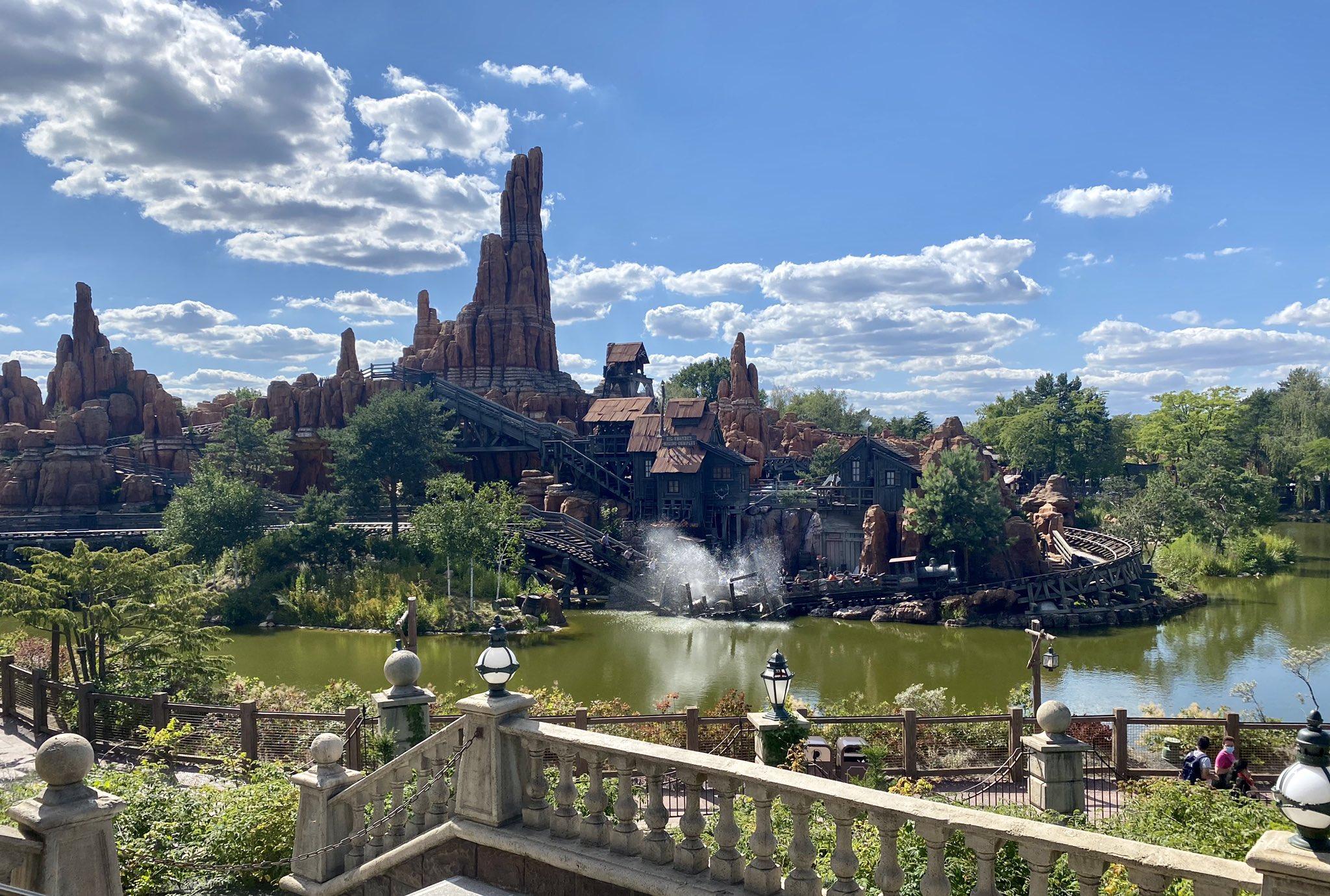 Disneyland Paris ouvert pendant la COVID-19 (juillet-octobre 2020)  - Page 2 Ecpz6CFXsAIx0My?format=jpg&name=large